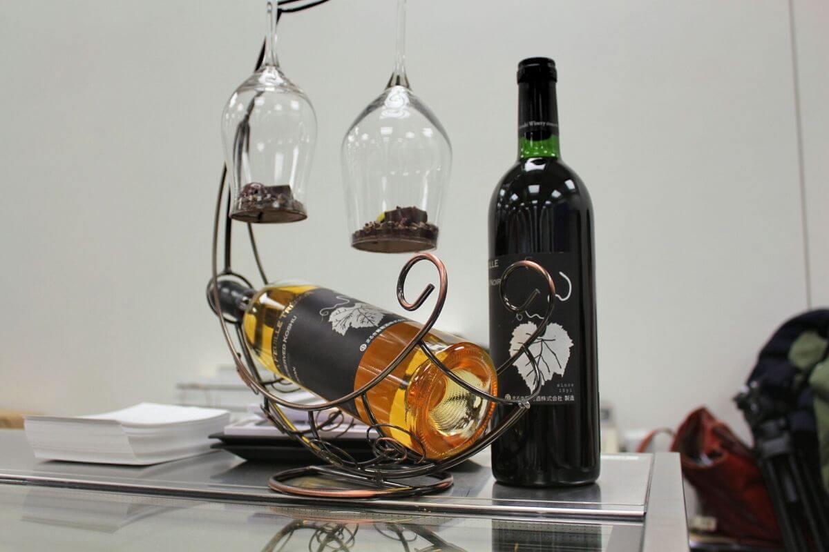 日本ワインを閉じ込めたチョコは ワインと合わないはずがない!